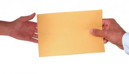156673-425x243-Handing-over-letter-of-recommendation